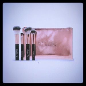 Flower beauty brush set